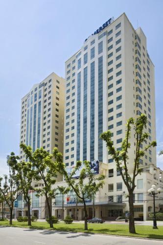 Отель Somerset Hoa Binh Hanoi 5 звёзд Вьетнам