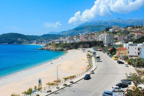 Отель Hotel Prinos 0 звёзд Албания