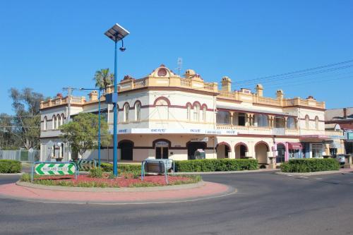 Centre of Town B & B Narrabri