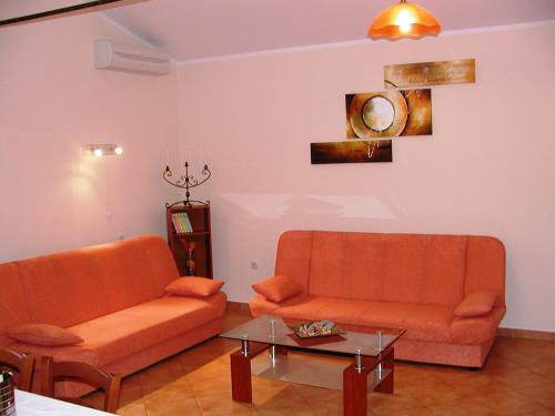Apartment Adria Kastelir
