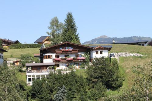 Ferienhaus Joel - Chalet mit Bergblick