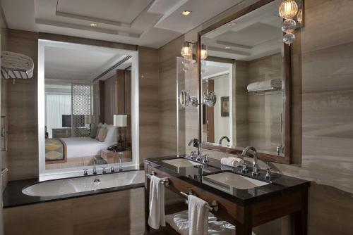 Taj Dubai photo 48