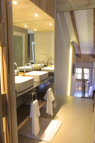 Suite Familiar Hotel Las Treixas 4