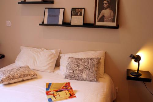apartahotel decoh rue dragon marseille desde 99 rumbo. Black Bedroom Furniture Sets. Home Design Ideas