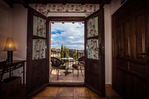 Doppel-/Zweibettzimmer mit eigener Terrasse Cigarral de Caravantes 1