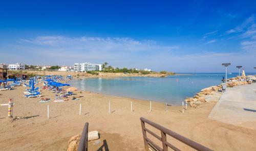 Sirena Bay Villa
