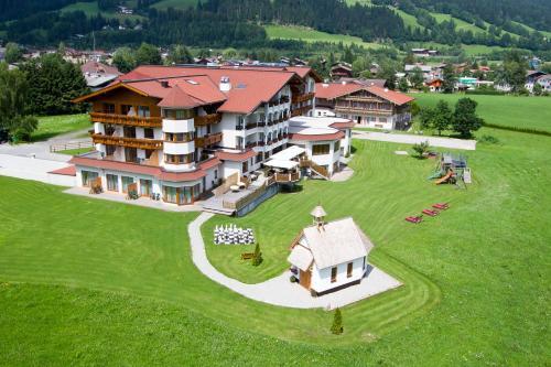 Отель Hotel Das Urbisgut 4 звезды Австрия