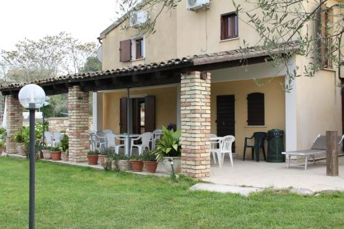 Piccola Terra Country House & Pool