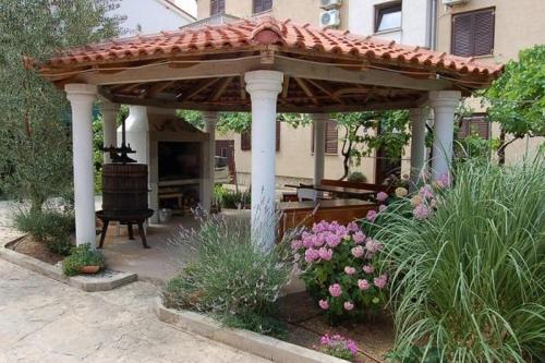 Apartments Adria
