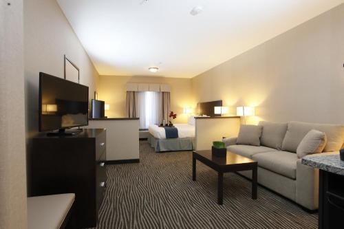 Holiday Inn Express Fort St John