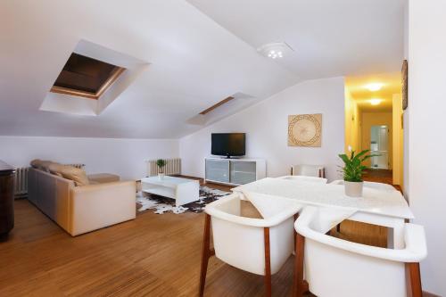 Dharma Yoga Residence Apartments, Tallin