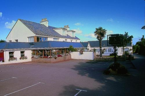 Photo of Wheatlands Hotel Hotel Bed and Breakfast Accommodation in Saint Peters Channel Islands