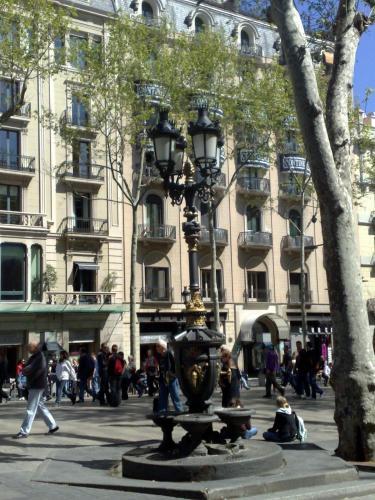 Hostal Capitol Ramblas in Barcelona