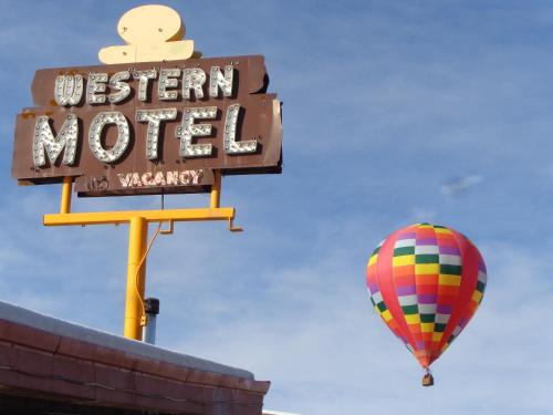 Picture of Western Motel