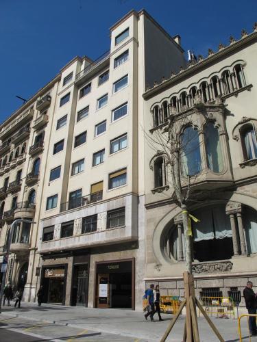 Deco diagonal apartments barcelona spain overview for Av diagonal 434