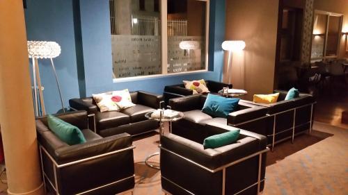 moka hotel h tel 84 rue de la gare 79000 niort adresse horaire. Black Bedroom Furniture Sets. Home Design Ideas