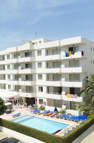 Best Price On Apartamentos Bon Sol