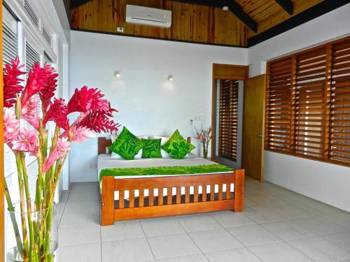 Villa Mokusiga, Tangangge