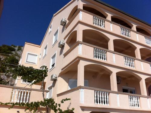 Apartments Buki