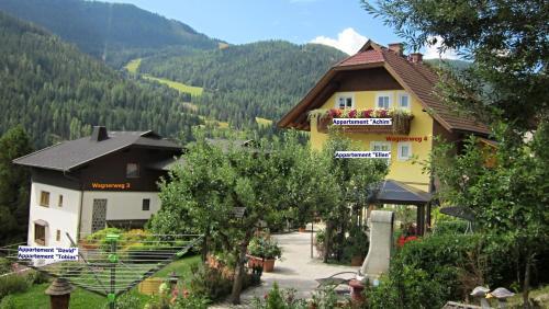 Gästehaus Della Schiava - Apartment Achim