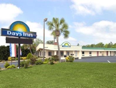 Days Inn Ashburn