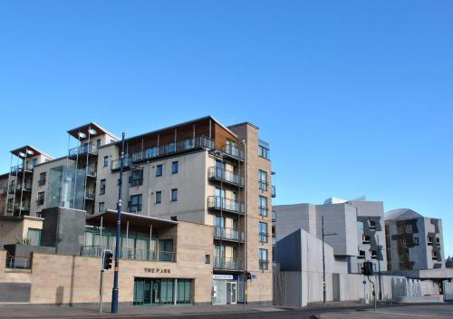 Dreamhouse Apartments Edinburgh Holyrood Park
