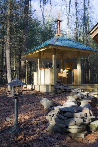 Art Cabin In The Woods