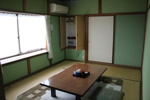 Economy Japanese Style Room with Shared Bathroom