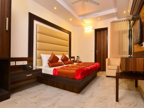 Отель Hotel Srivinayak 3 звезды Индия