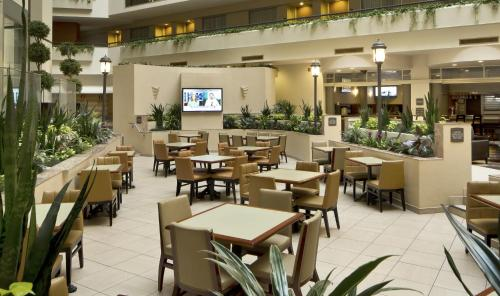 Embassy Suites By Hilton Secaucus Meadowlands Secaucus
