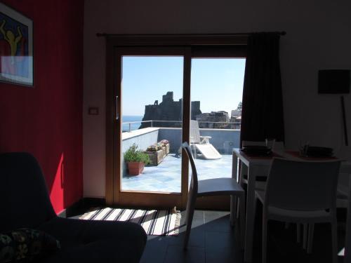 La Terrazza sul Mare Bed & breakfast Aci Castello in Italy