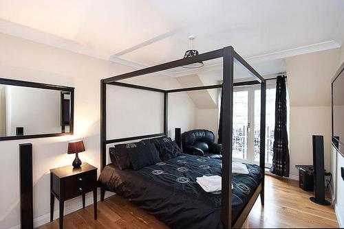 Ratcliffe Terrace Apartment