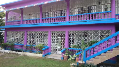 Two Sister's Villa