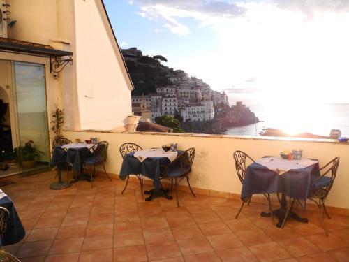 Picture of Hotel Croce Di Amalfi