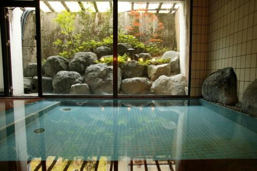 Deluxe Room with Tatami Area and Shared Bathroom