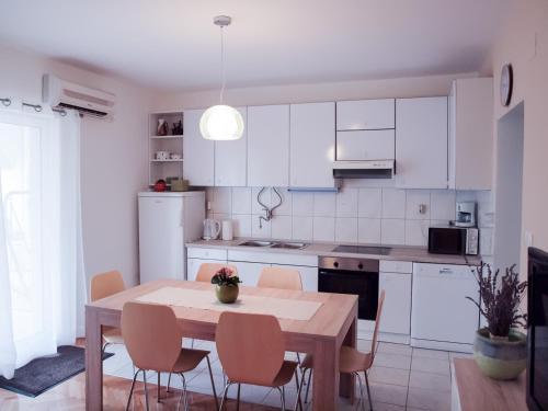 Apartment Srima