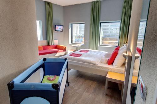 MEININGER Hotel Amsterdam City West photo 26