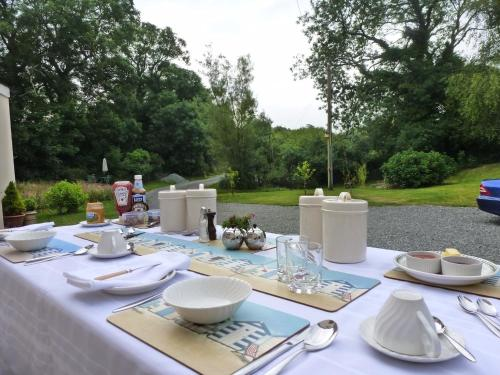 Scoveston Grove Bed & Breakfast