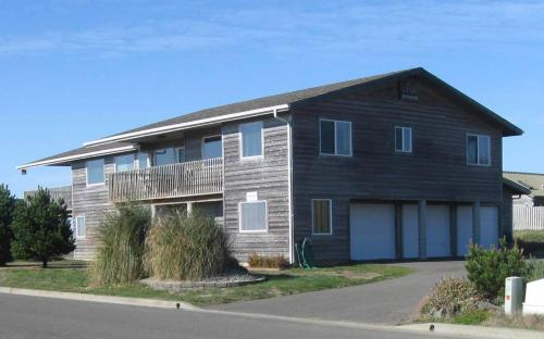 Coquille Point Condo