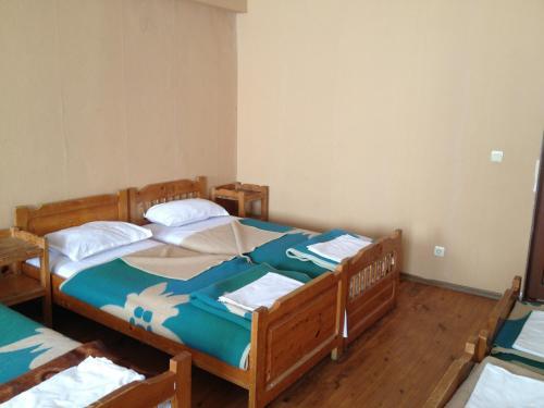Rilski Ezera Hut