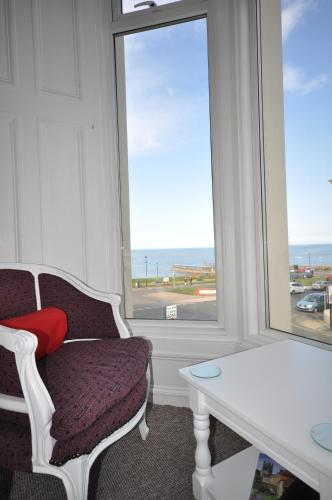 Classic Double or Twin Room with Sea View