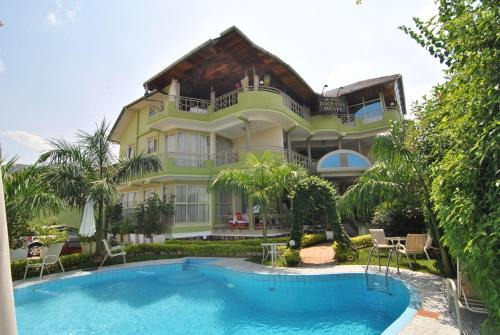 Dolce Vita Resort Hotel, Bujumbura