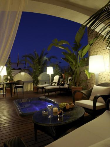 Suite Grande Hotel Mirador de Dalt Vila 4