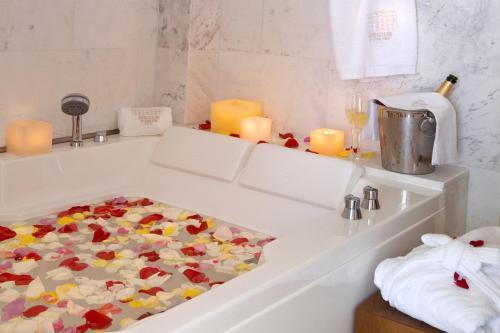 Suite Hotel Mirador de Dalt Vila 4