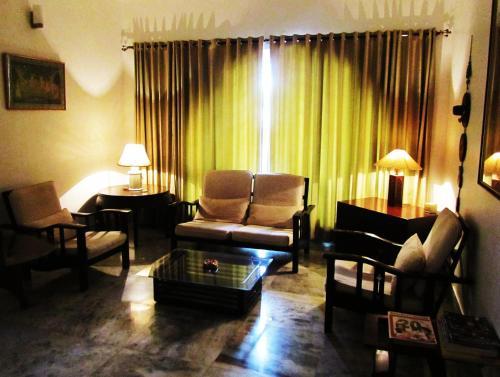 Отель StayWithUs MG Road 0 звёзд Индия
