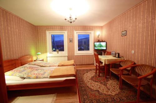 Double vai Twin numurs ar kalnu skatu (Double or Twin Room with Mountain View)