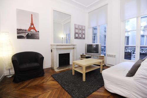 Appartement moderne pour 4 personnes près des Champs