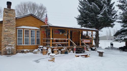 Long Holiday Motel Gunnison Co