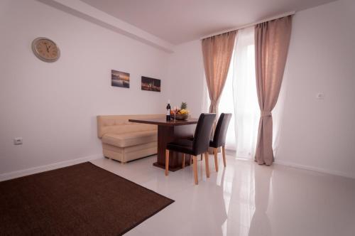 Apartment Arsenal 1