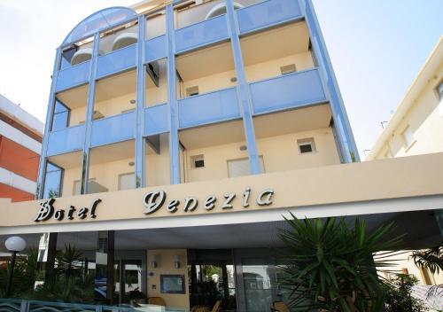 Hotel Venezia front view